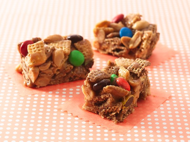 Gluten Free Peanut and Chocolate Chex Bars