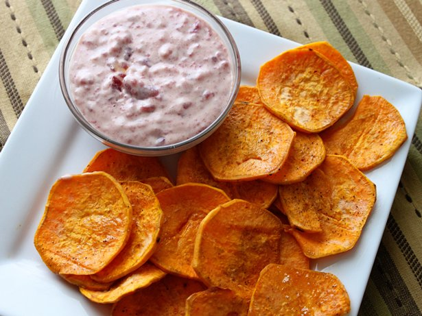 Sweet Potato Chips with Cranberry Aïoli