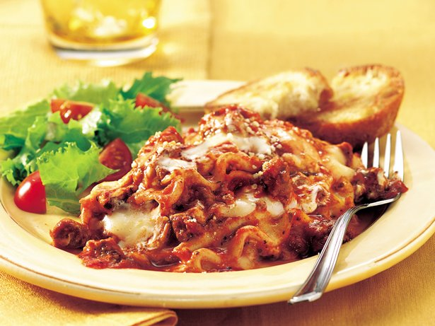 Slow Cooker Family Favorite Lasagna