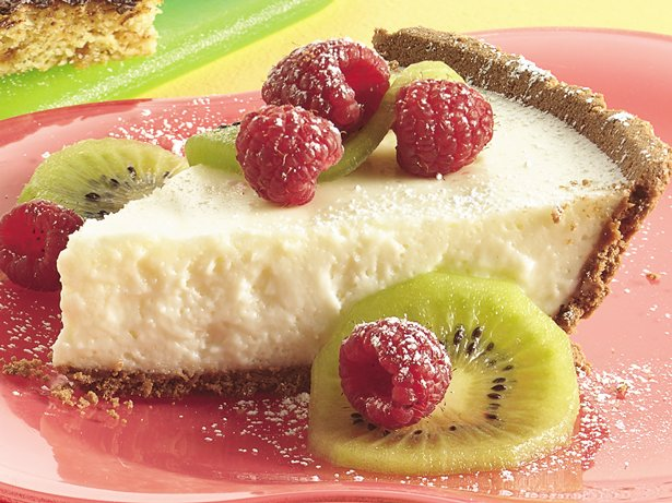No Bake Fruity Cheesecake Pie