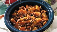 Slow-Cooked Peachy Glazed Sweet Potatoes Recipe