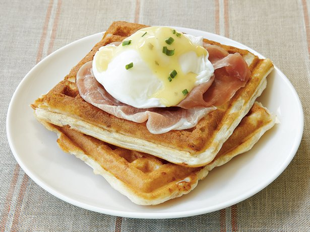 Waffles Benedict