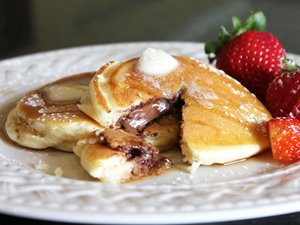 Chocolate-Stuffed&#32;Pancakes
