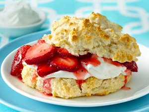 Classic&#32;Strawberry&#32;Shortcakes&#32;
