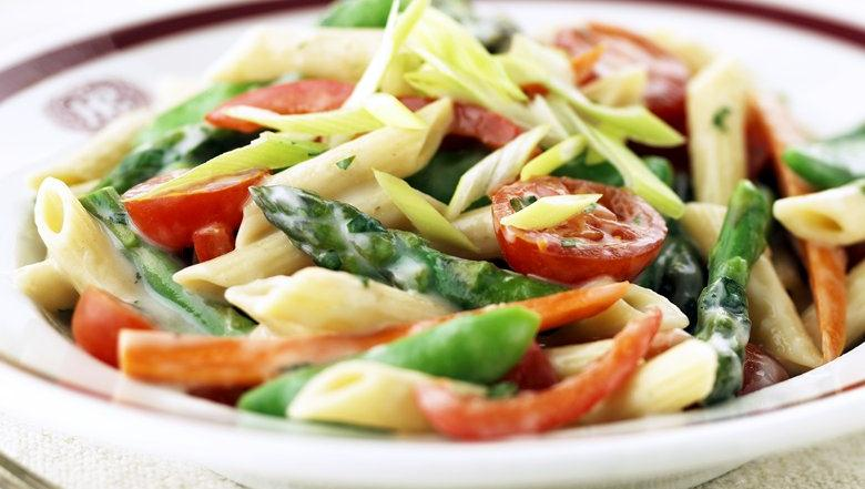 Healthified Tomato-Basil Pasta Primavera