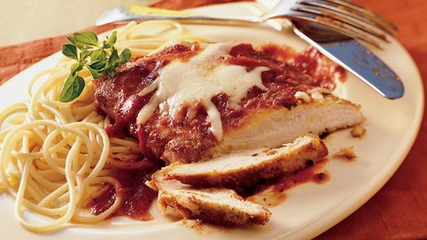 skillet chicken parmigiana breaded chicken topped with spaghetti sauce ...