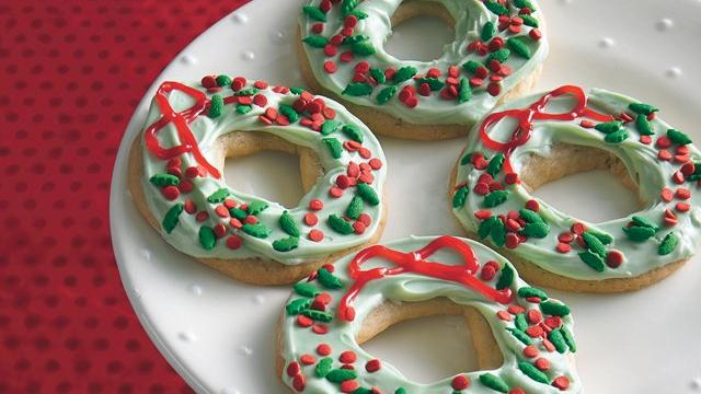 Merry Berry Wreath Cookies