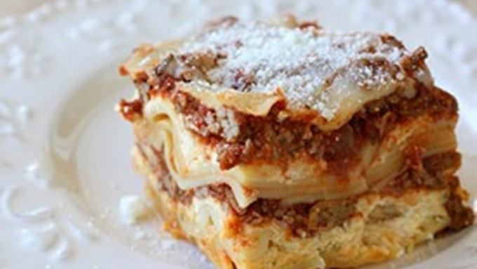Easy Crockpot Lasagna recipe - from Tablespoon!
