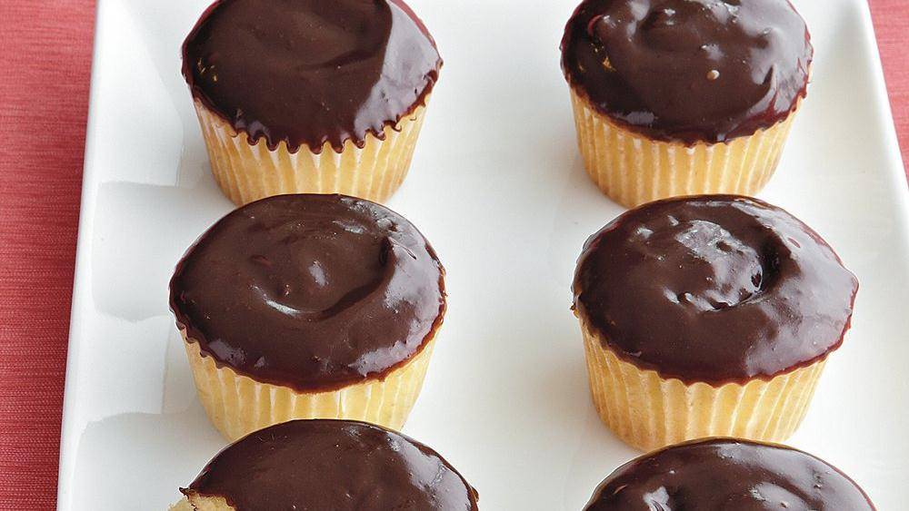 Éclair Cupcakes