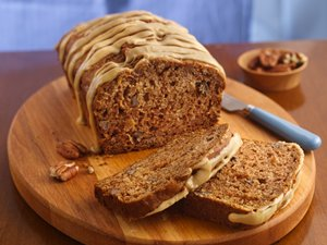 Caramel-Glazed&#32;Apple&#32;Bread