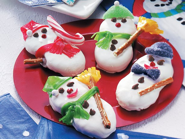 Peanutty Snowmen