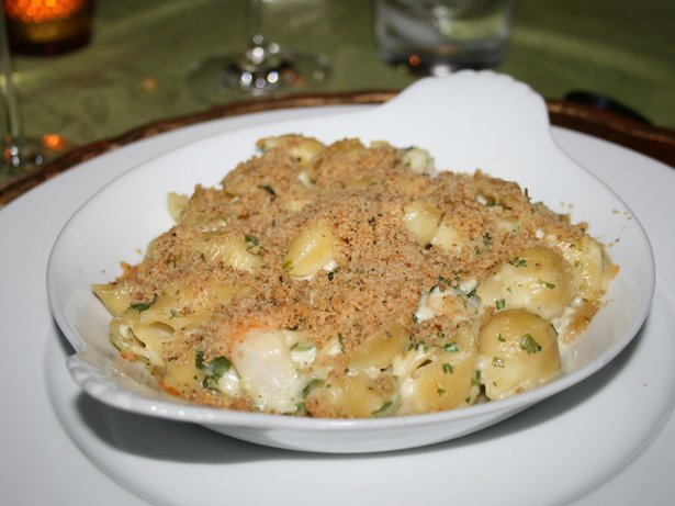 Garlicky Shrimp and Pasta