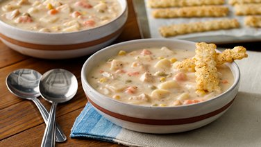 5-Ingredient Chicken Pot Pie Soup with Herb Crackers