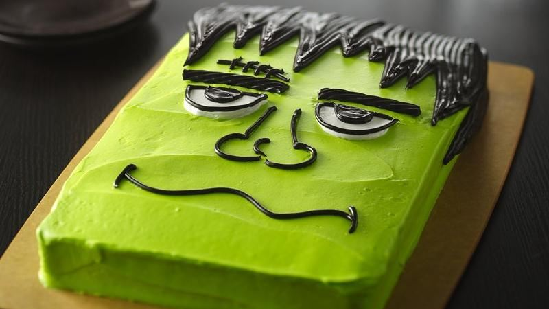 Halloween monster cake recipe from betty crocker Cute easy halloween cakes