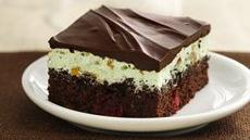 Chocolate-Cherry-Pistachio Brownies Recipe