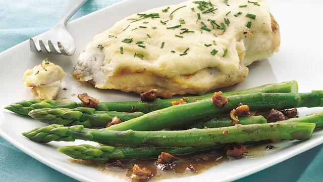 Image of Asparagus With Toasted Walnut Butter, Pillsbury