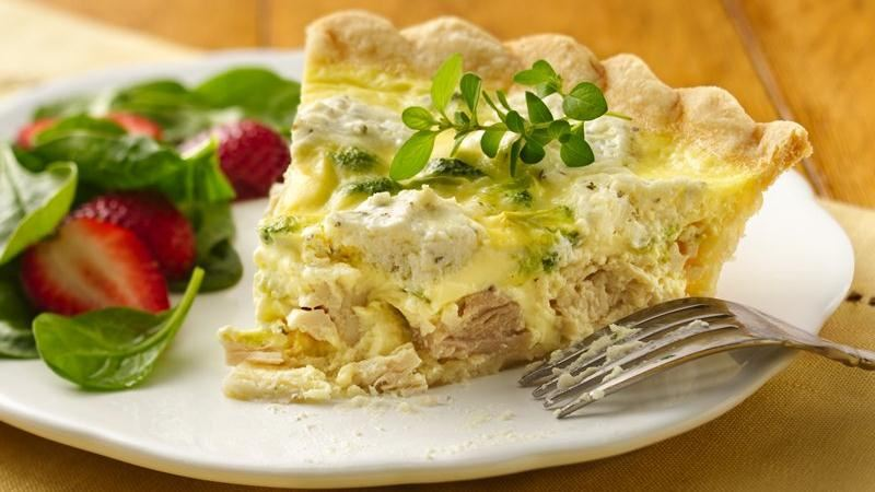 Herbed Chicken and Broccoli Quiche