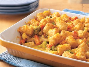 Cheesy&#32;Tater-Topped&#32;Chicken&#32;Casserole