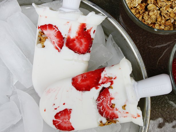 Strawberry Yogurt Granola Pops