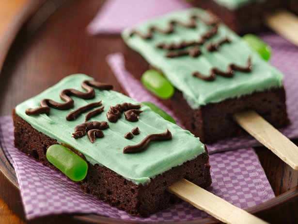Spooky Monster Brownie Pops