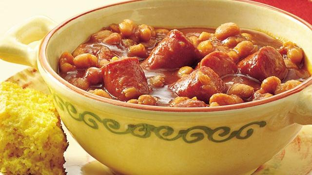 Slow Cooker Beans 'n Wieners
