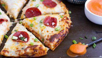 Buffalo Chicken Pizzadillas (Pizza Quesadillas)