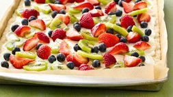 Gluten-Free Easy Fruit Pizza