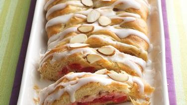 Cherry-Cream Cheese Coffee Cake