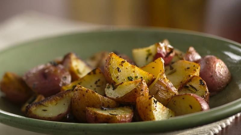 Grilled Herbed New Potatoes recipe from Betty Crocker