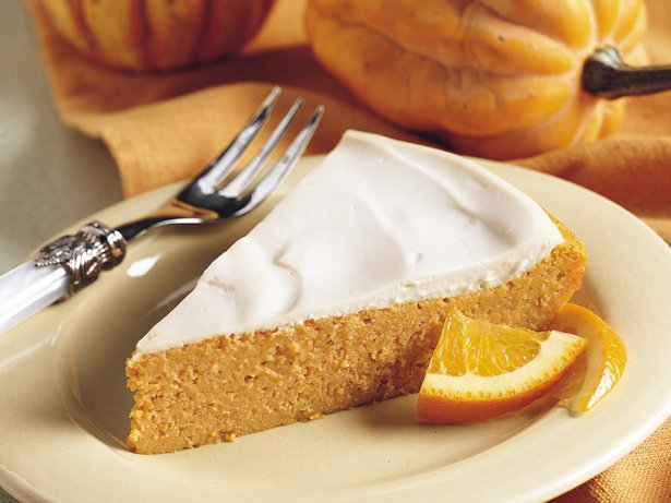 Impossibly Easy Creamy Topped Pumpkin Cheesecake recipe ...