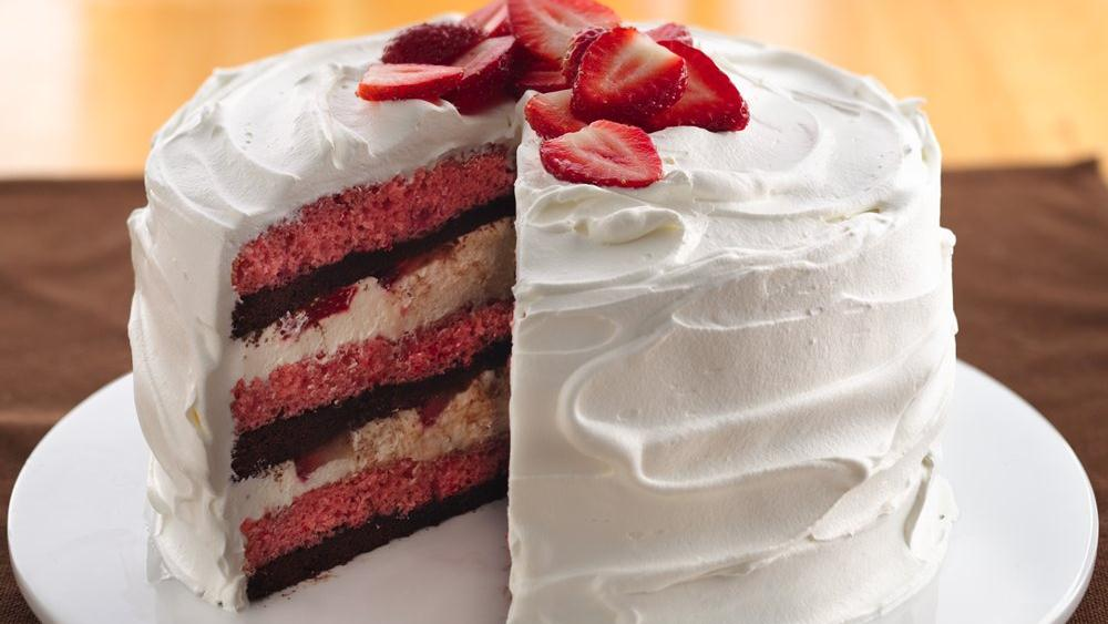 Cream-Filled Strawberry-Brownie Cake