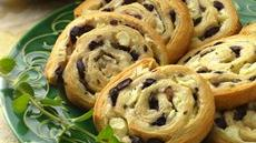 Olive-Feta Pinwheels Recipe