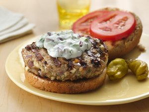 Greek&#32;Turkey&#32;Burgers&#32;with&#32;Tzatziki&#32;Sauce