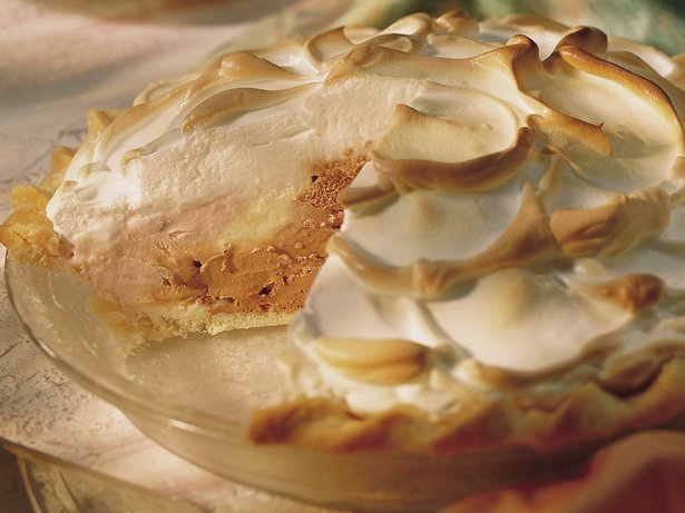 Baked Alaska Neapolitan Pie