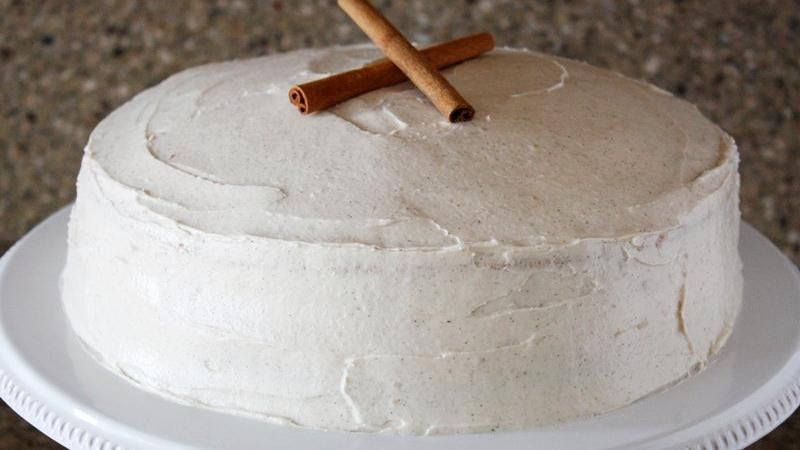 Snickerdoodle Cake with Cinnamon Cream Cheese Frosting
