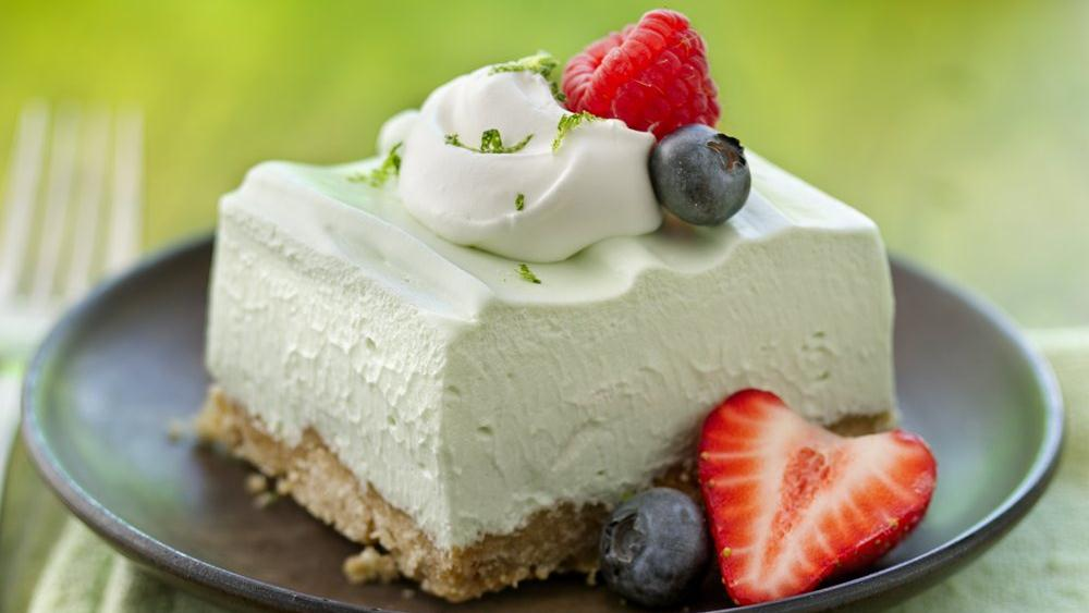 Light 'n Fluffy Key Lime Dessert Squares