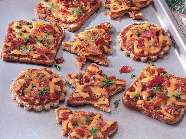 Cheese and Sun-Dried Tomato Canaps