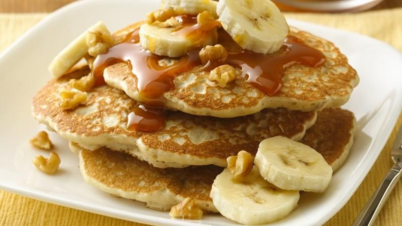 Banana-Walnut Pancakes with Caramel Topping