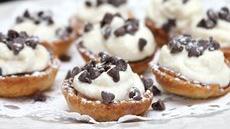 Mini Cannoli Cream Pastry Cups Recipe