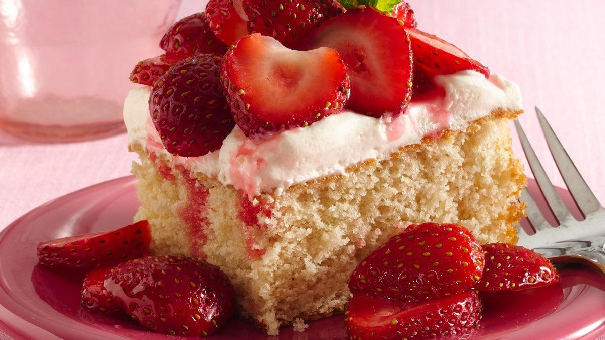 Gluten Free Strawberry Ice Cream Cake Recipe
