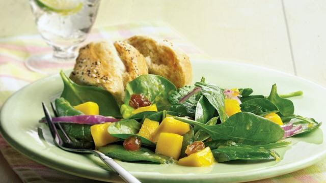 Spinach-Mango Salad