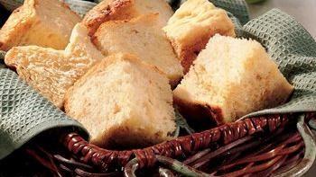 Bread Machine Caramelized-Onion Bread