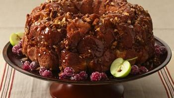 Apple-Praline Bubble Bread