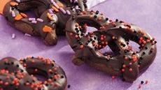 Chocolate Halloween Pretzels Recipe