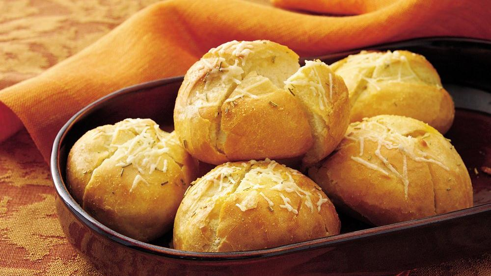 Garlic-Rosemary French Rolls
