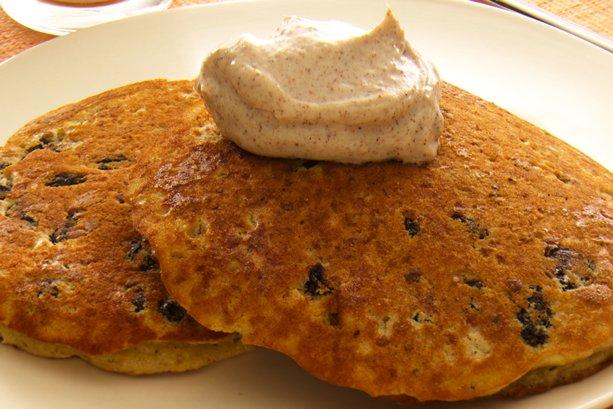 Oatmeal Raisin Pancakes with Cinnamon Sour Cream | General Mills ...