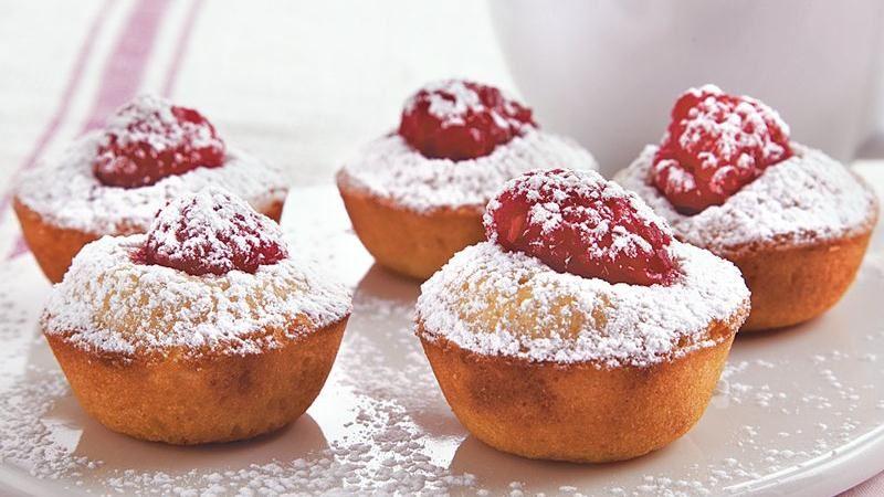 Raspberry Almond Baby Cakes