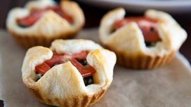 Spinach Tomato Mini Pies