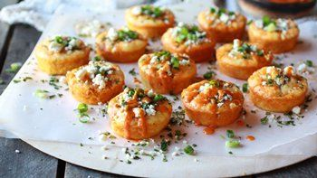 Impossibly Easy Mini Buffalo Chicken Pies