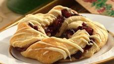 Crescent Cranberry Wreaths Recipe